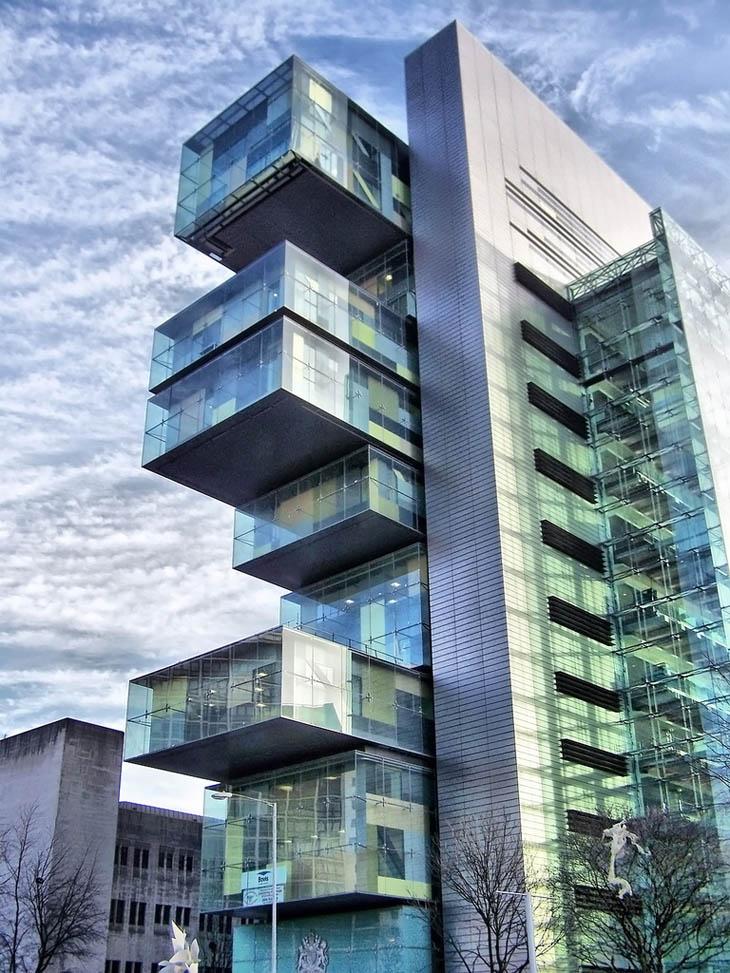 Civil Justice Centre, Manchester, Anglia