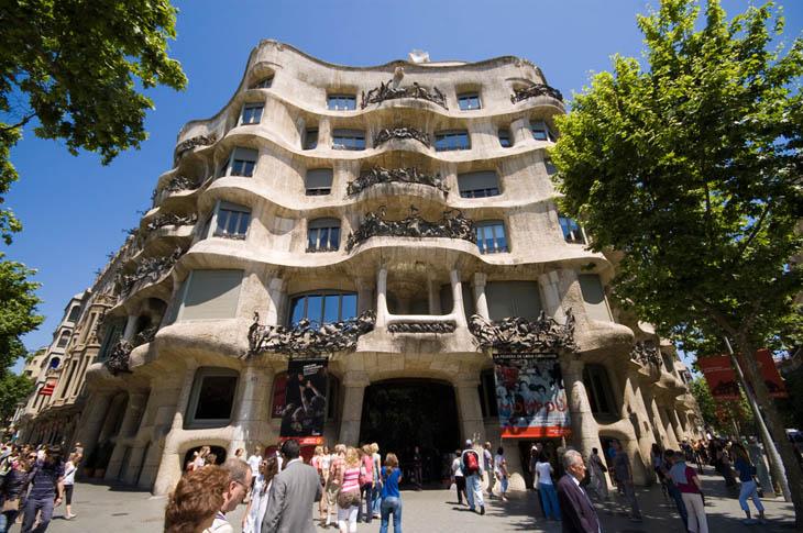Casa Milà / La Pedrera, Barcelona, Catalonia, Spania