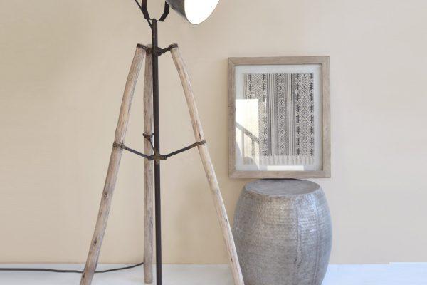 lampa trepied
